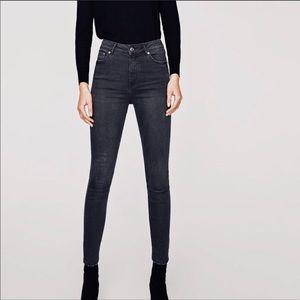 Zara Authentic Denim by TRF High waisted jeans sz2